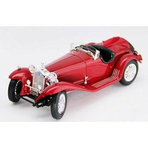 Bburago 1:18 Alfa Romeo 8C 2300 Spider Touring (1932) Red